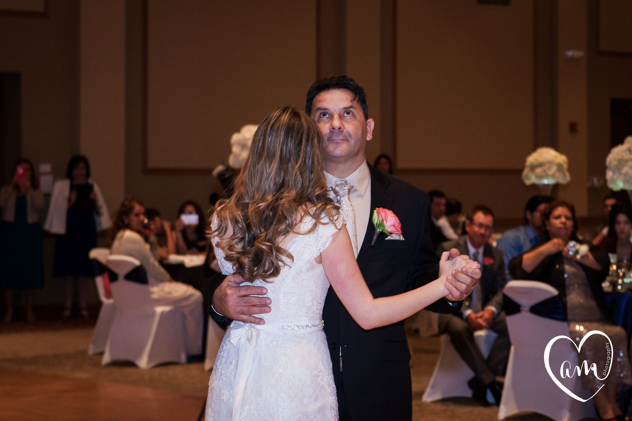 Father/Daughter Dance. Photo by Amanda Mejias Photography: Destination Wedding Photographer.