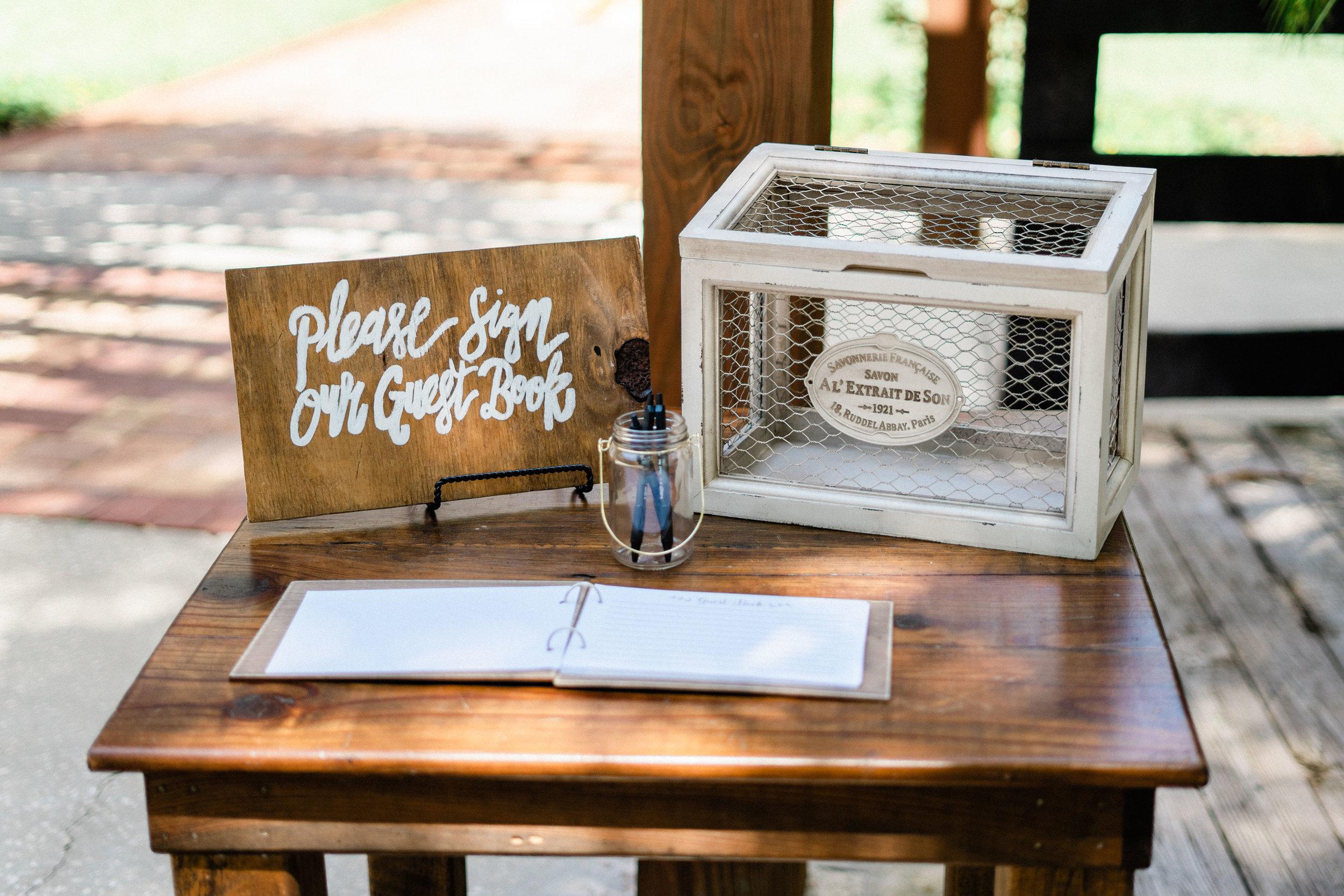 Club Lake Plantation Wedding-5.jpg