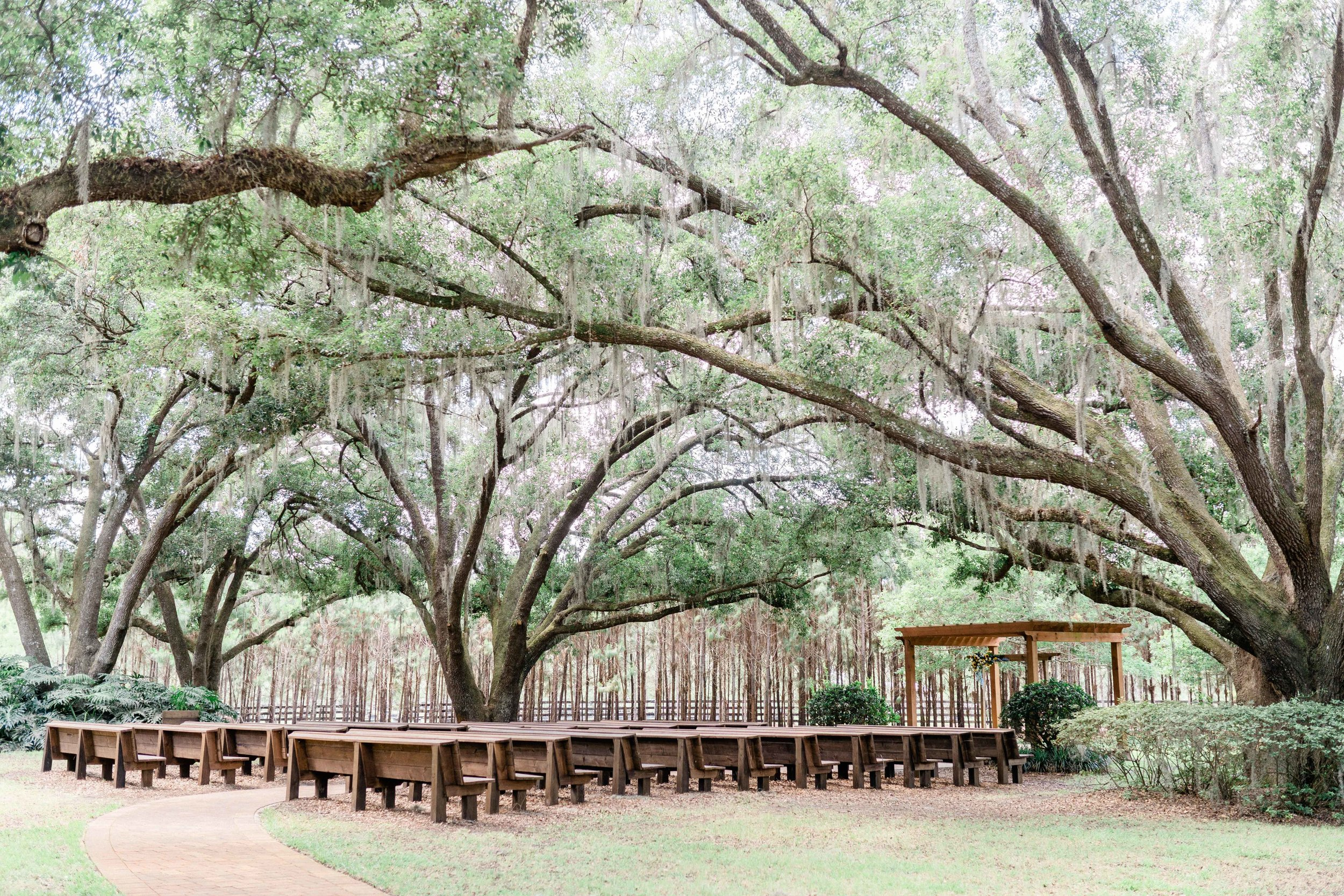 Club Lake Plantation Wedding-11.jpg