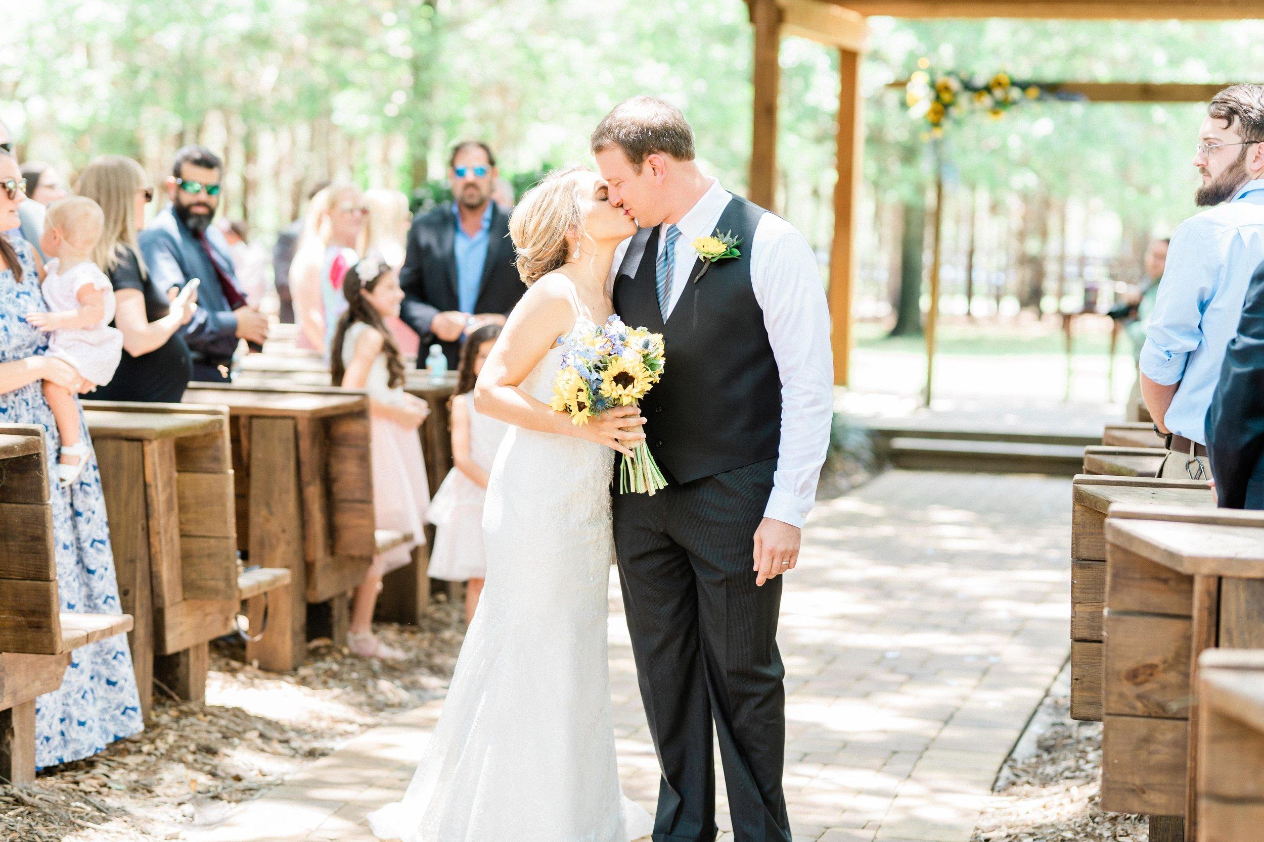 Club Lake Plantation Wedding-36.jpg