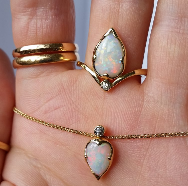 opal+necklace+and+earring+set.jpg