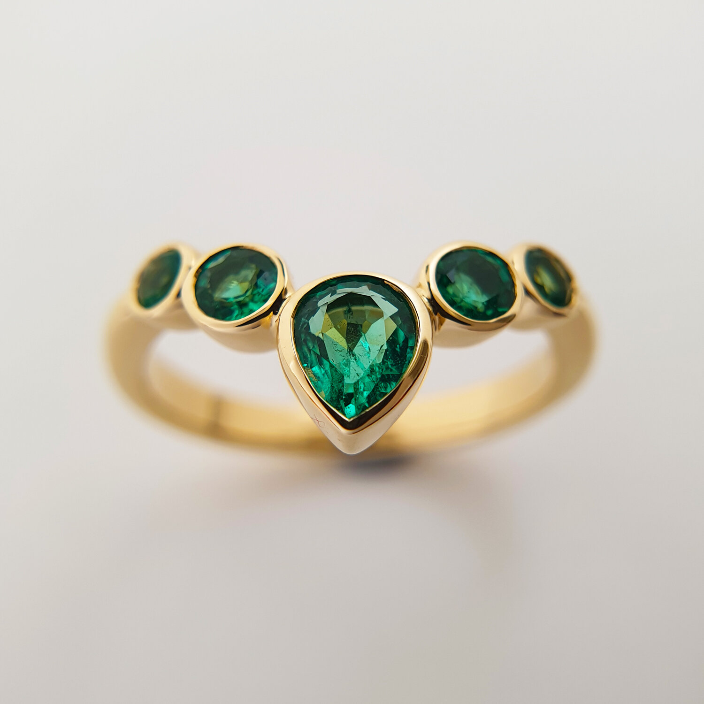 emerald wishbone.jpg