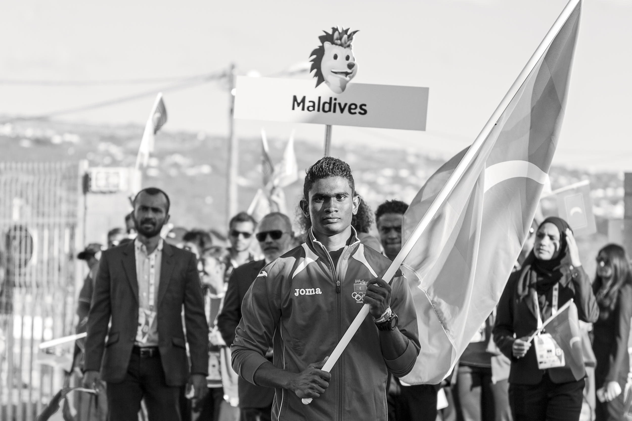 1_Hassan Saaid - Flag barrier, holding the Maldivian Flag at the opening ceremony at IOIG 2015 in La Reunion.jpg