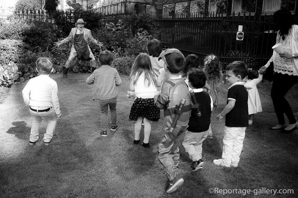 kids_childrens_birthday_party_photographer_london_reportage_pascal_13.jpg