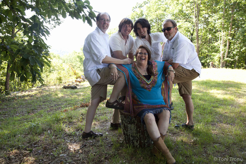 Andrea-Templon-friends-group-jazz-band-swing.jpg