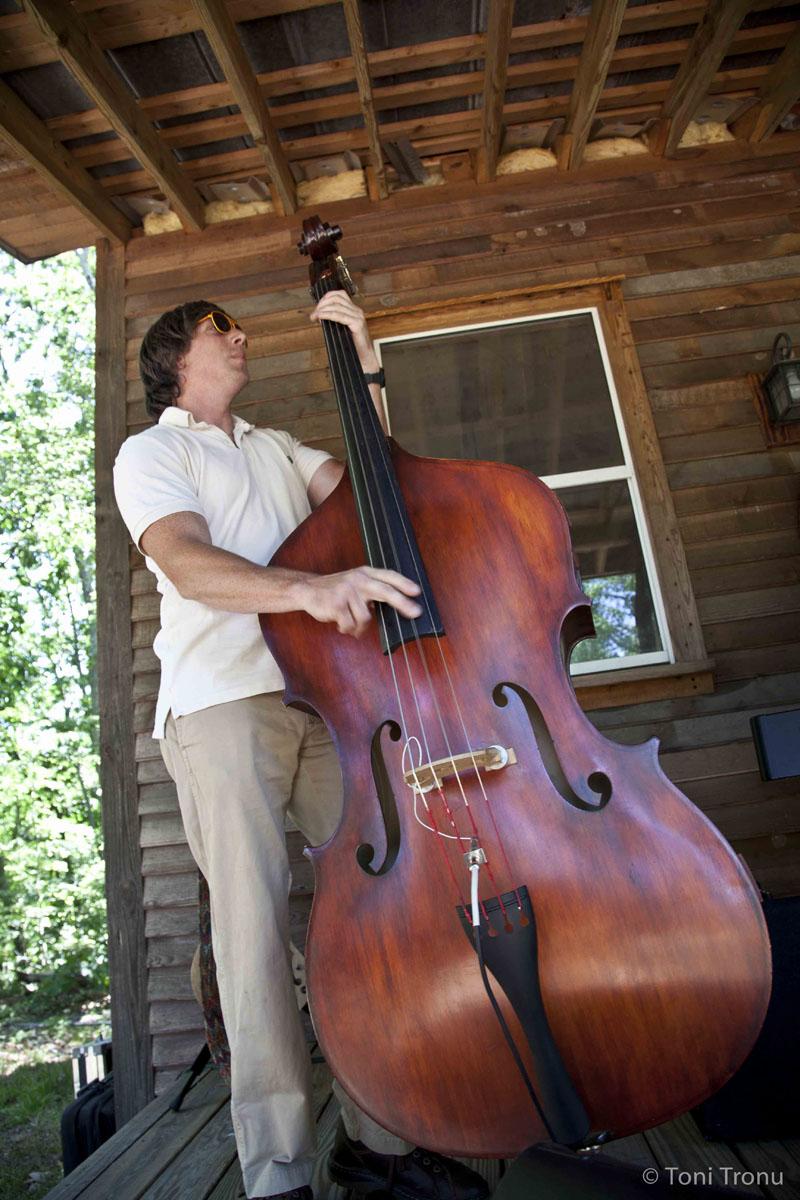 Andrea-Templon-Jazz-Bass-Nathan Scott.jpg