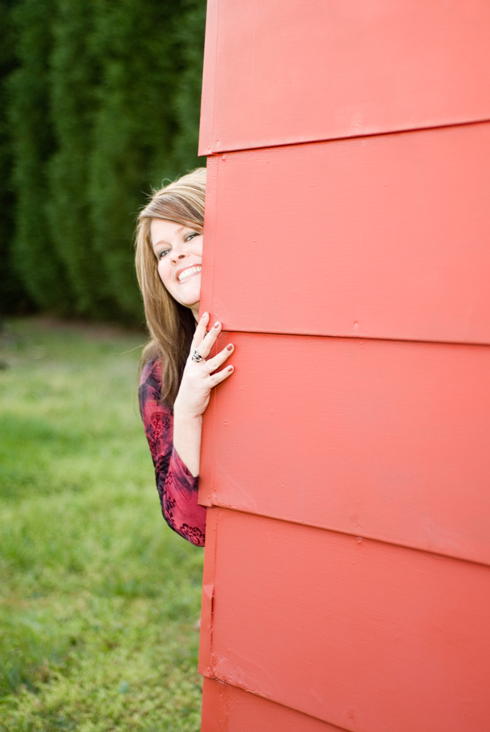 andrea-templon-north-carolina-vocalist-with-red-barn-wall-singer-for-hire-007.jpg