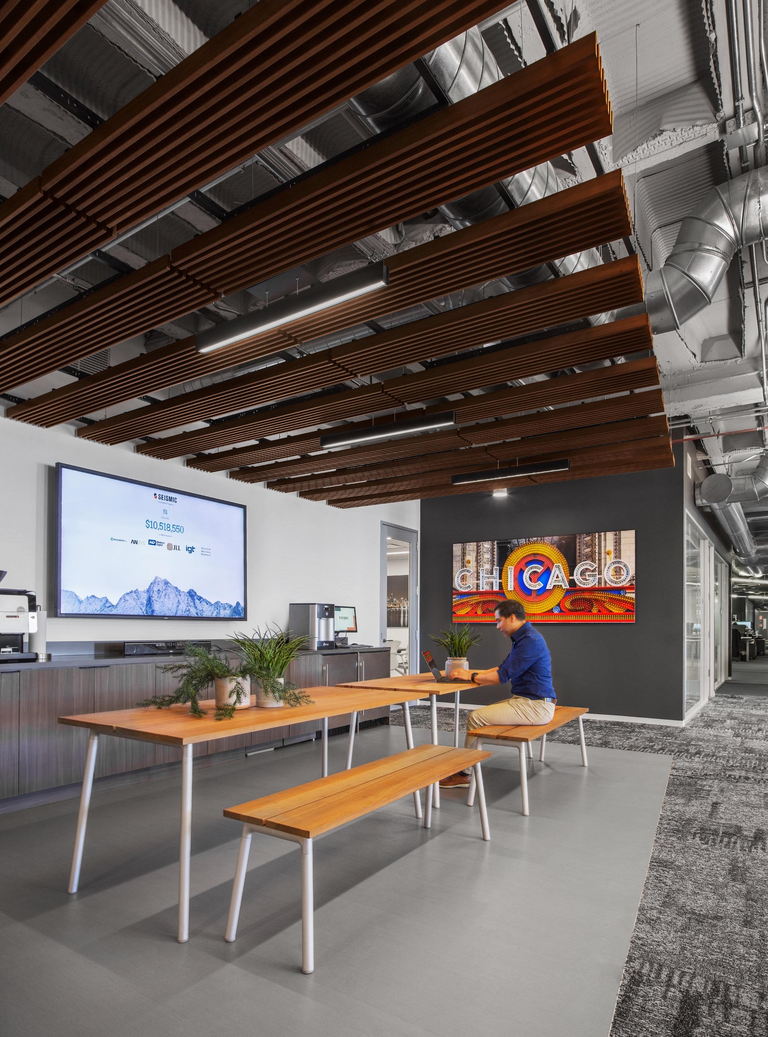 interior photography chicago box studios kitchen.jpg
