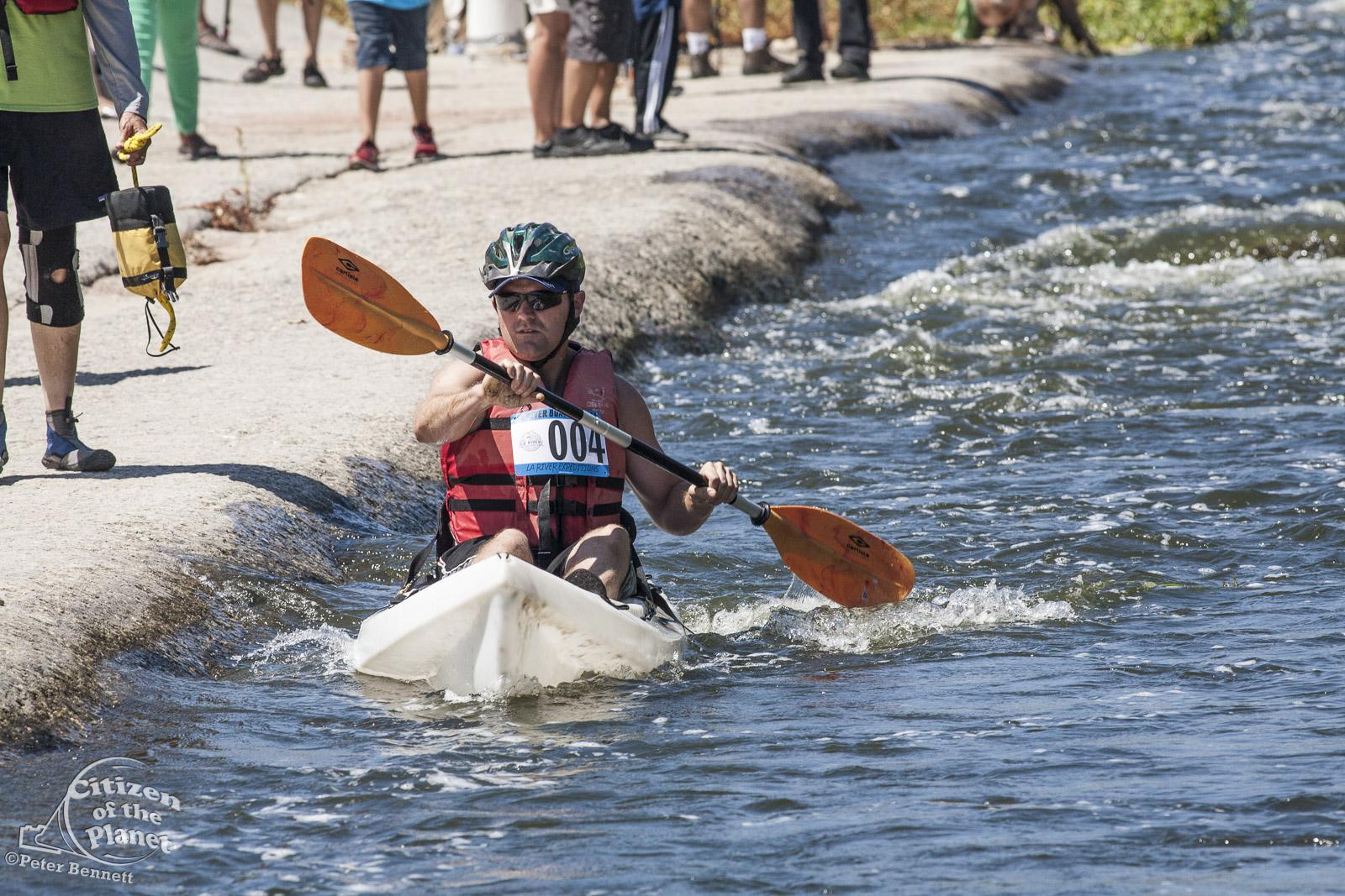 US_CA_48_3858_la_river_boat_race.jpg