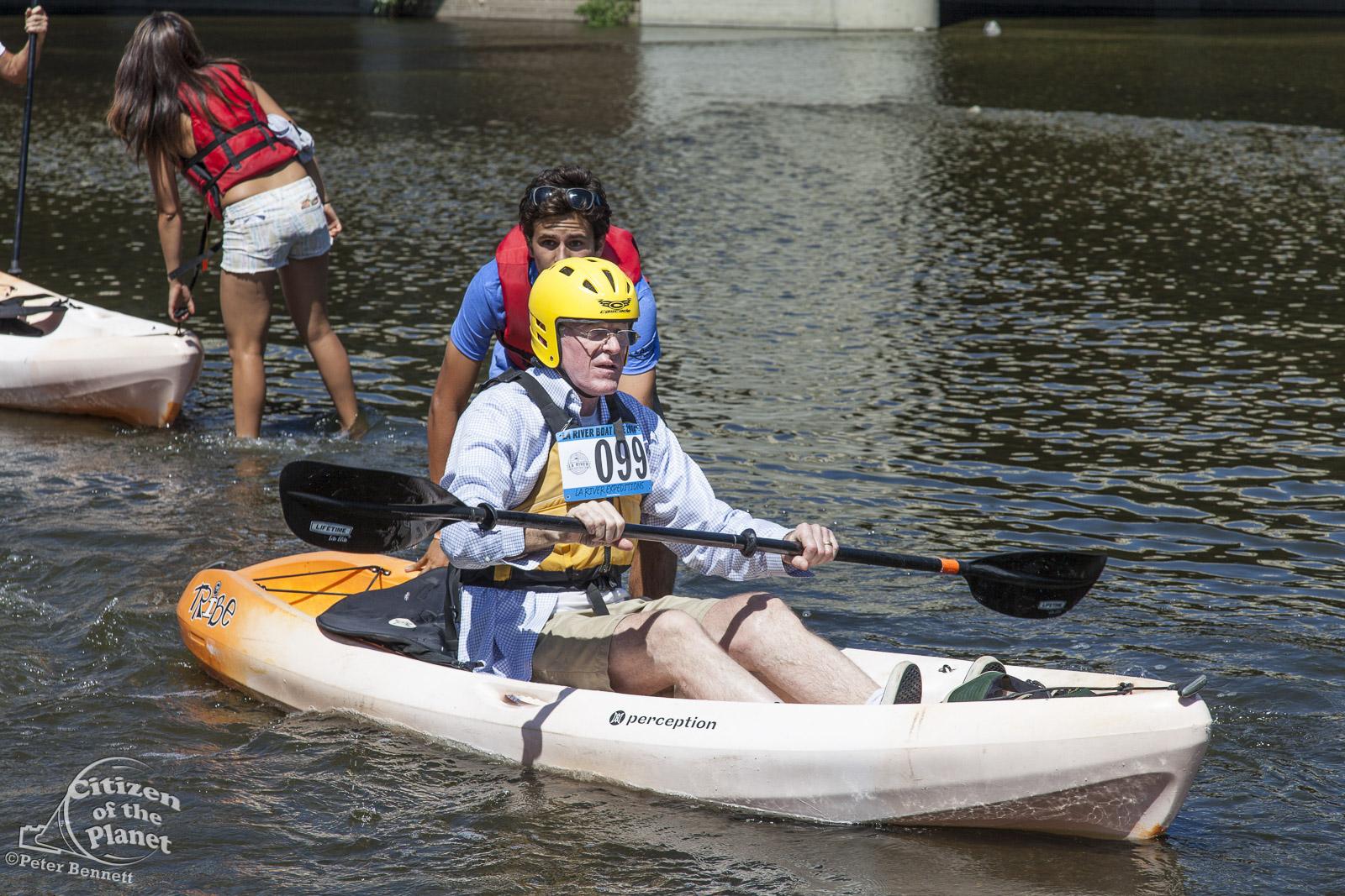US_CA_48_3865_la_river_boat_race.jpg