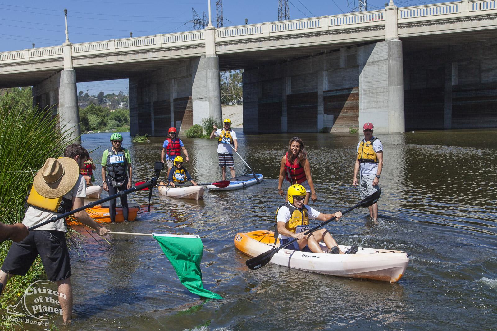 US_CA_48_3866_la_river_boat_race.jpg