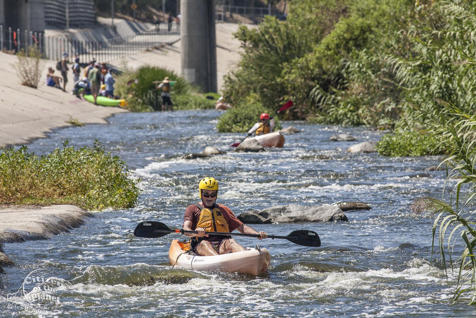 US_CA_48_3879_la_river_boat_race.jpg
