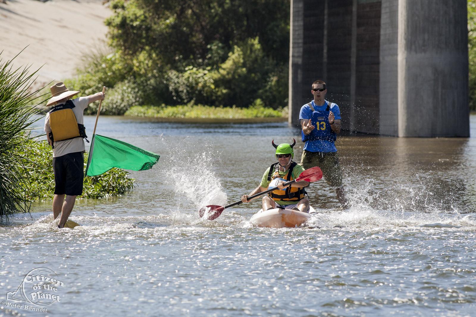 US_CA_48_3883_la_river_boat_race.jpg