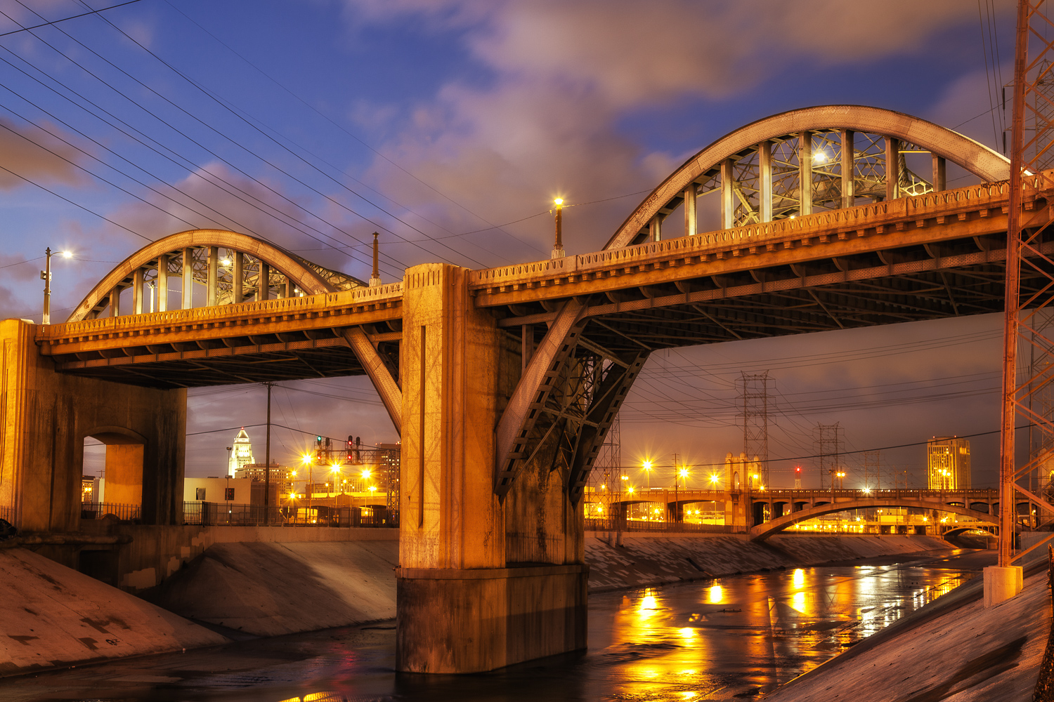 6th Street Bridge over the Los Angeles River, Downtown Los Angeles, California, USA