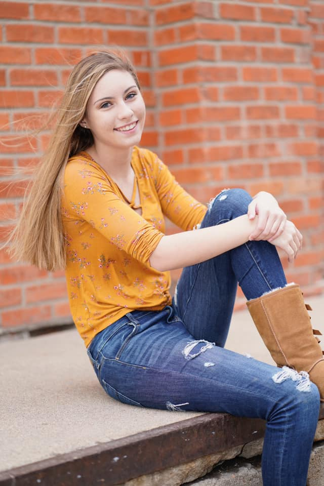 - Daphanie Ham has been awarded the Michelle (Collins) Speer Memorial Scholarship.Daphanie is the daughter of Rob and Andrea Ham. Daphanie plans to attend Lincoln Southwest Community College and become a Respiratory Therapist.