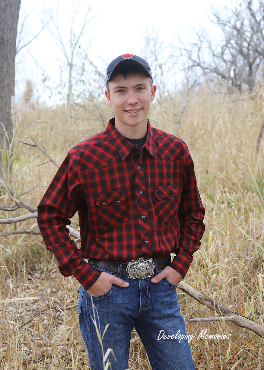 - Colton Ogden has been awarded the Naranjo Family Community Service Scholarship and the George Wemple Memorial Scholarship. Colton is the son of Renae and Travis Ogden.Colton has logged over 200 hours volunteering with the Boy Scouts. He obtained the rank of Eagle Scout in 2018 and also served as the Senior Patrol Leader.In High School he has been active in Skills USA. He plans to attend Southeast Community College in Lincoln and obtain a welding degree.
