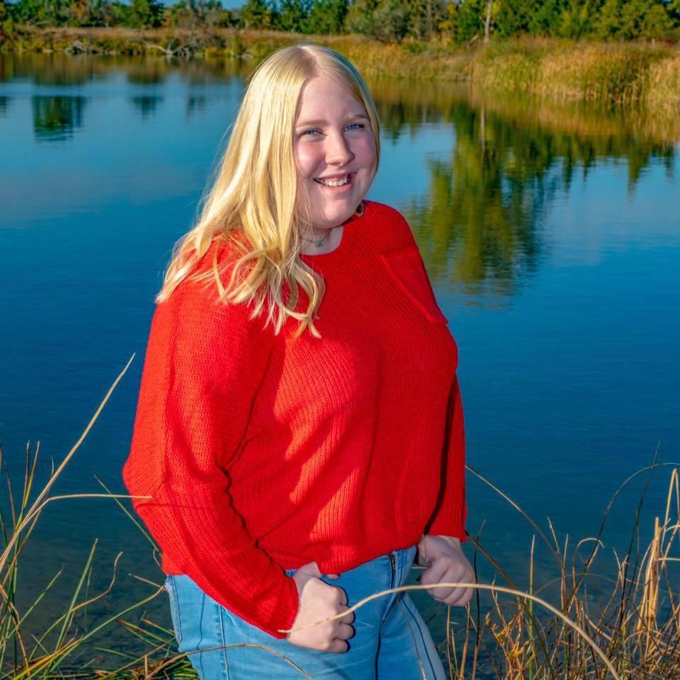 Ainsley Nichols - Lawrence and Rose Ferguson Family Journalism Scholarship