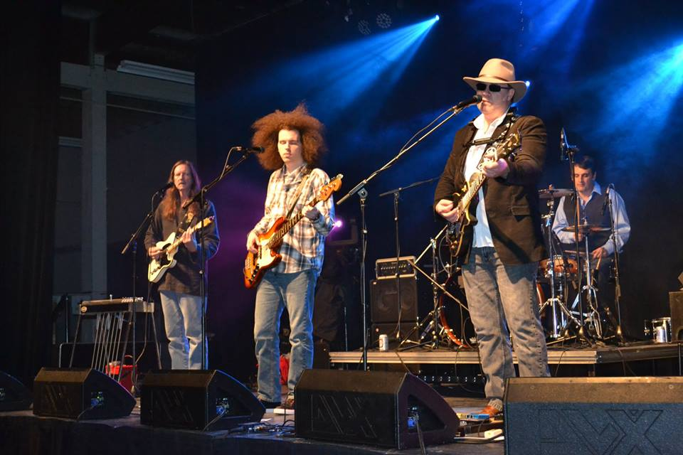 Since 2007 LIVE RUST have been bringing the Music of Neil Young to Fans across Canada and the USA.  This Concert Experience leaves even the Biggest Neil Fans wanting more because of the great care taken bringing not only the Voice but, Sound and Feel that is so instantly recognizable.