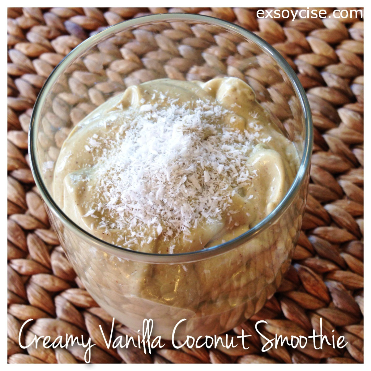 Creamy Vanilla Coconut Smoothie