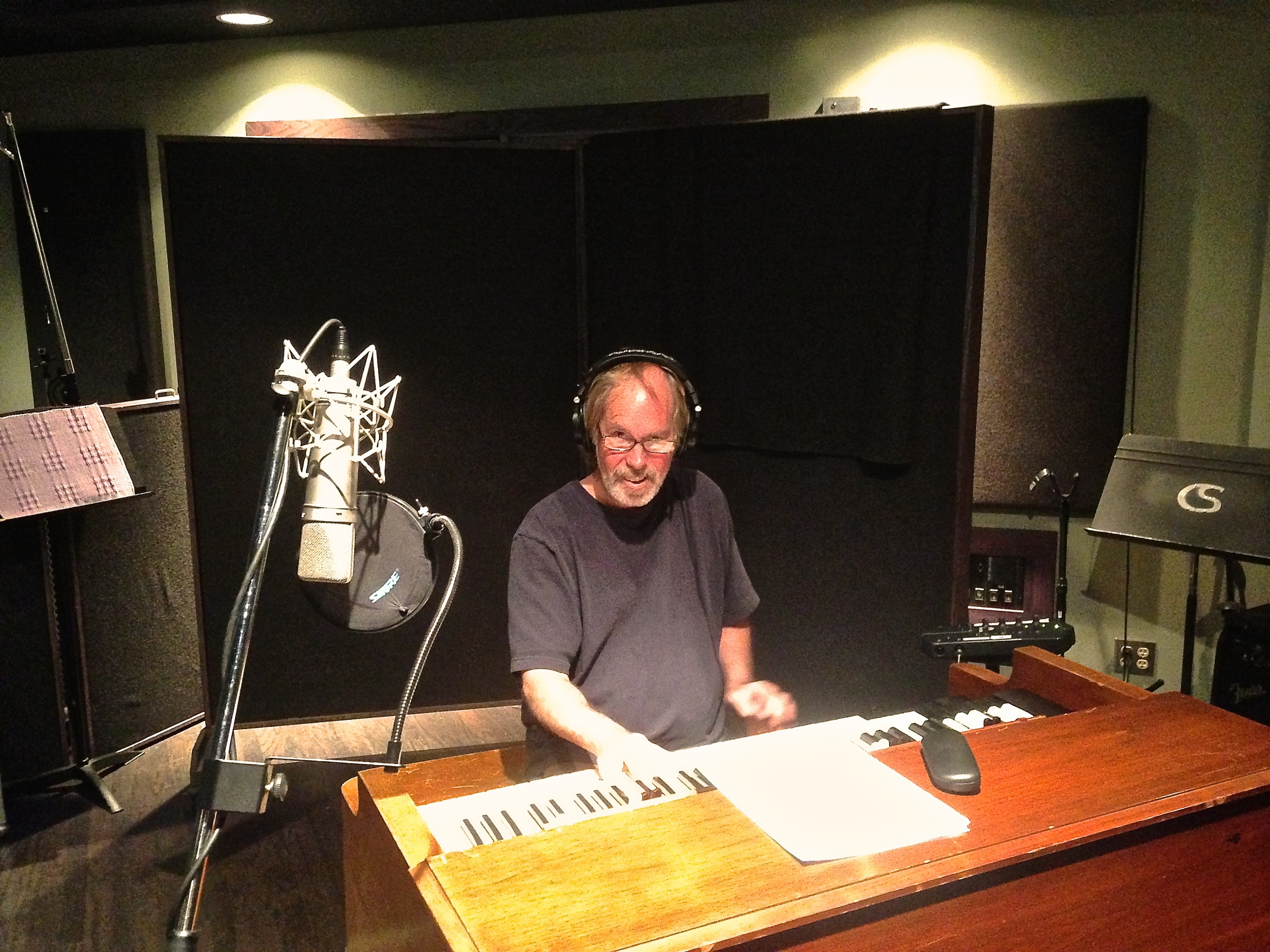 FTTB Billy Payne doing sessions 2014 .jpg