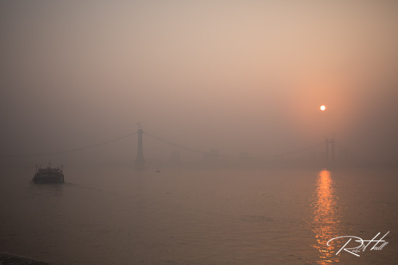 Heavy condensation on the lens has really made a mess out of this photo on the Yangtze River.