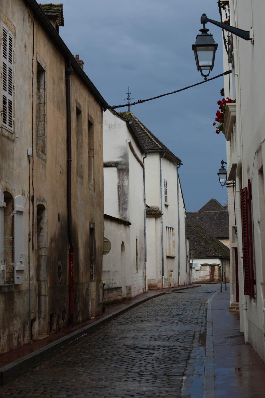 streets-of-beaune-burgundy-5.jpg