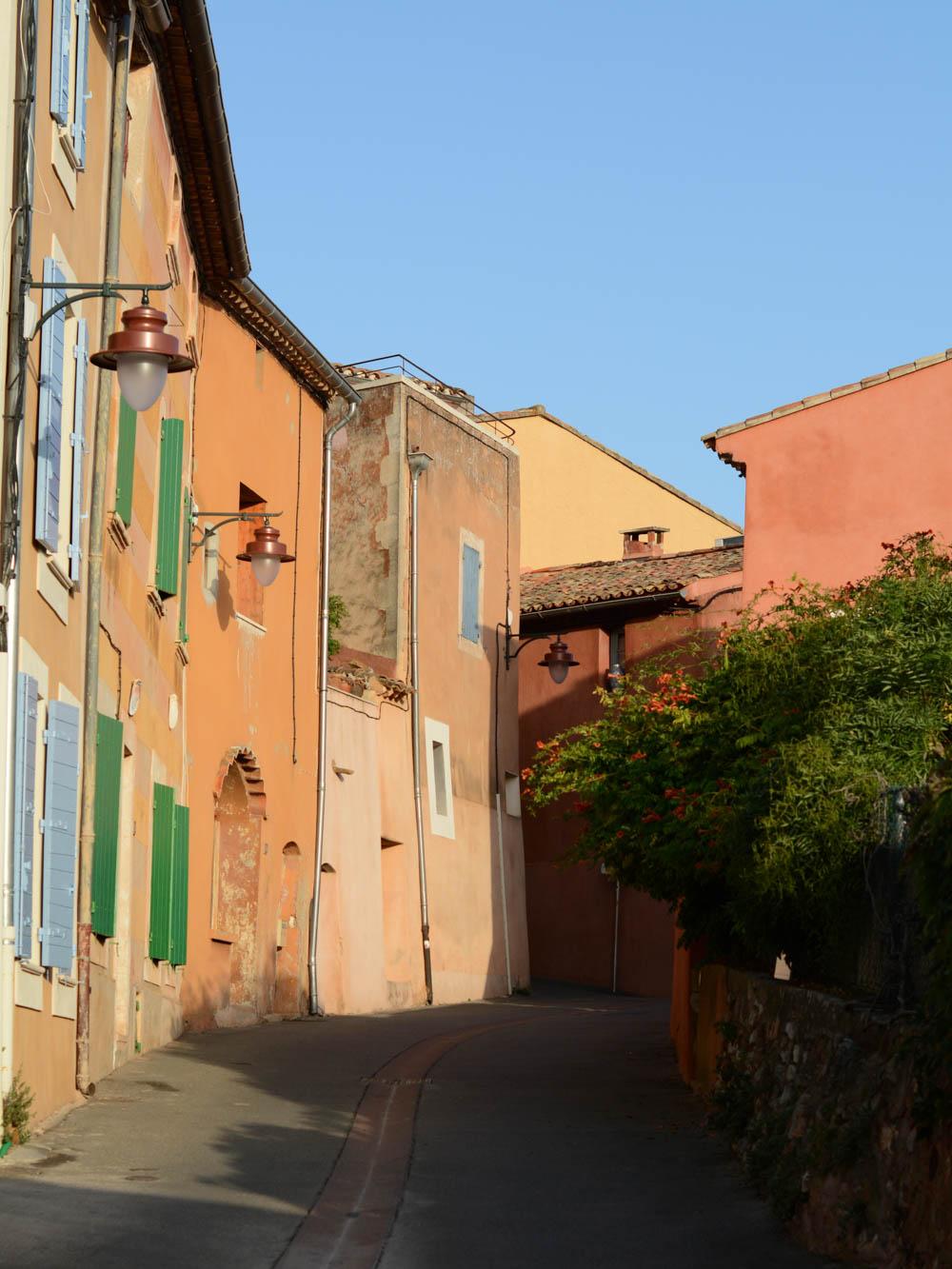 roussillon-provence-france.jpg