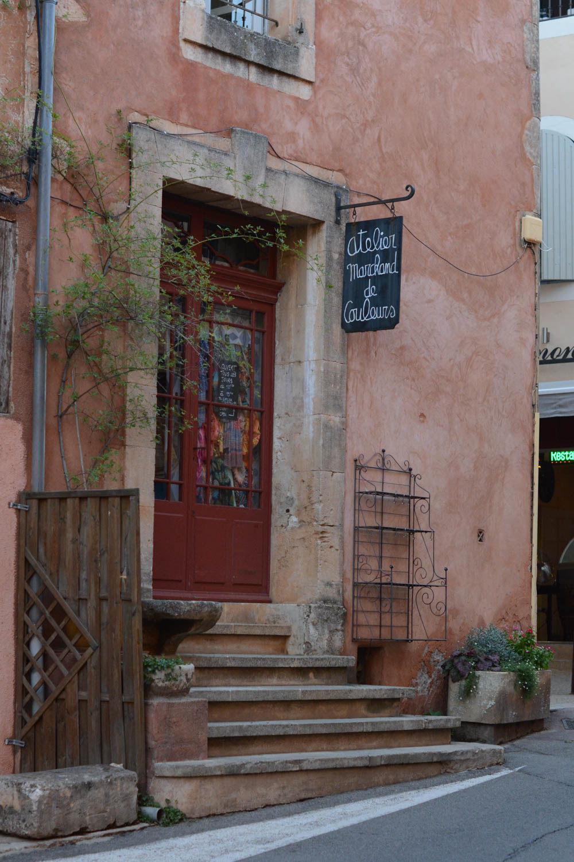 roussillon-provence-france-2.jpg