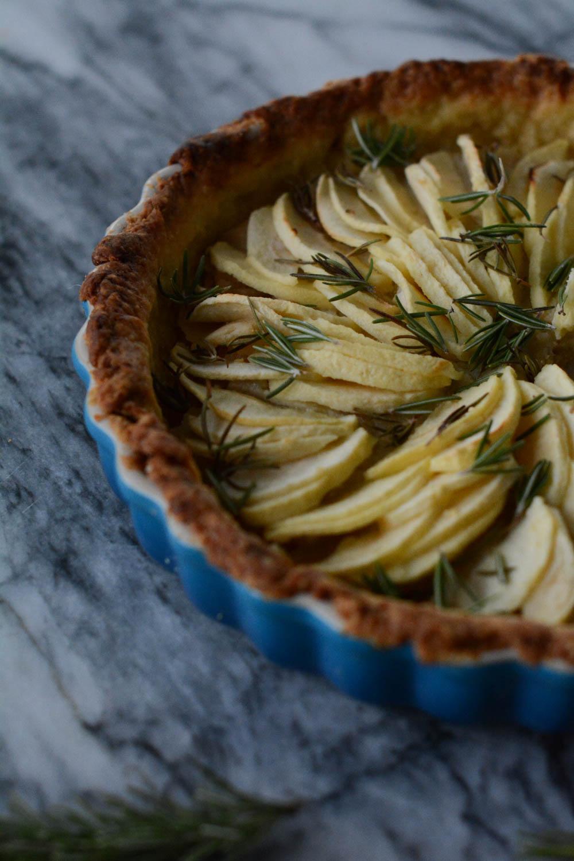 rosemary-apple-tart-7.jpg