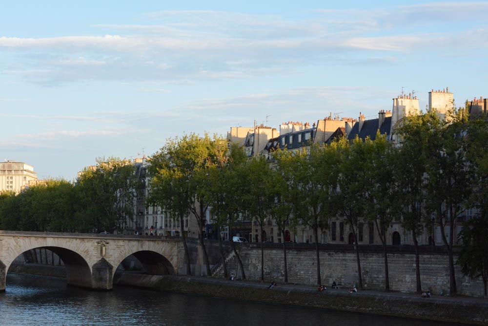 paris-seine-1.jpg