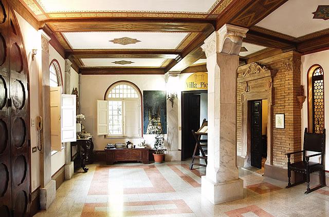 ingresso_villa_epoca_padronale_residenza_antica_country_house_agriturismo_corciano.jpg