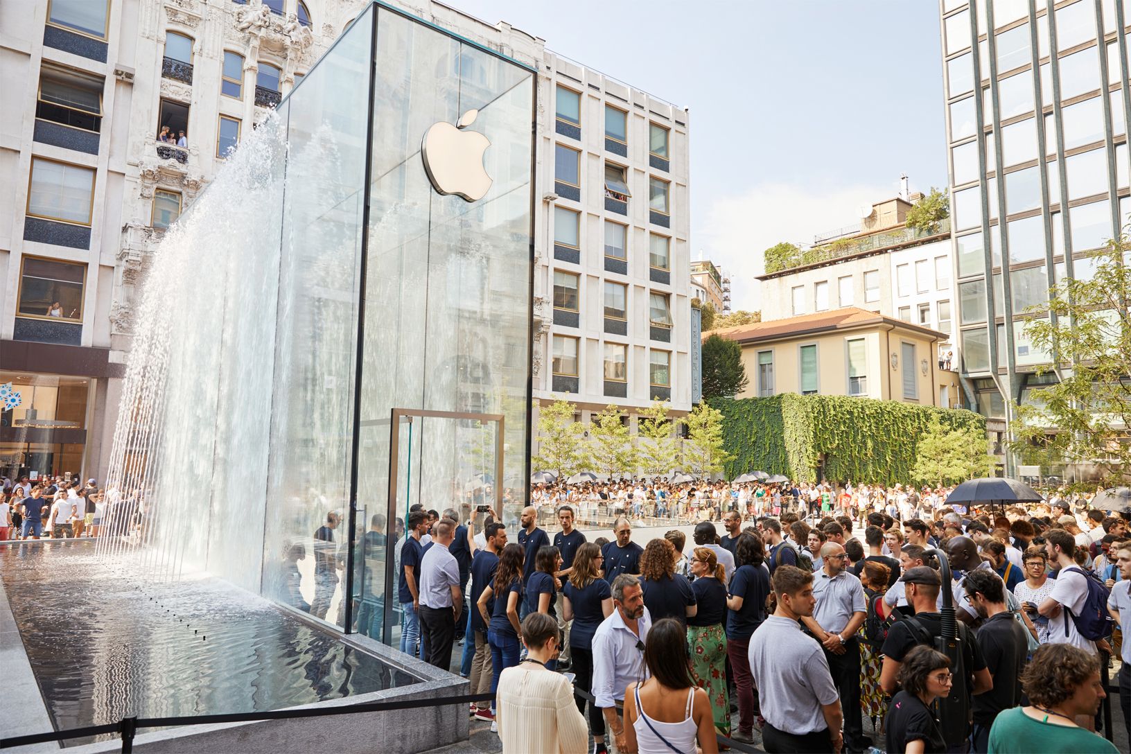 Apple's new store in Milan. Image via Apple