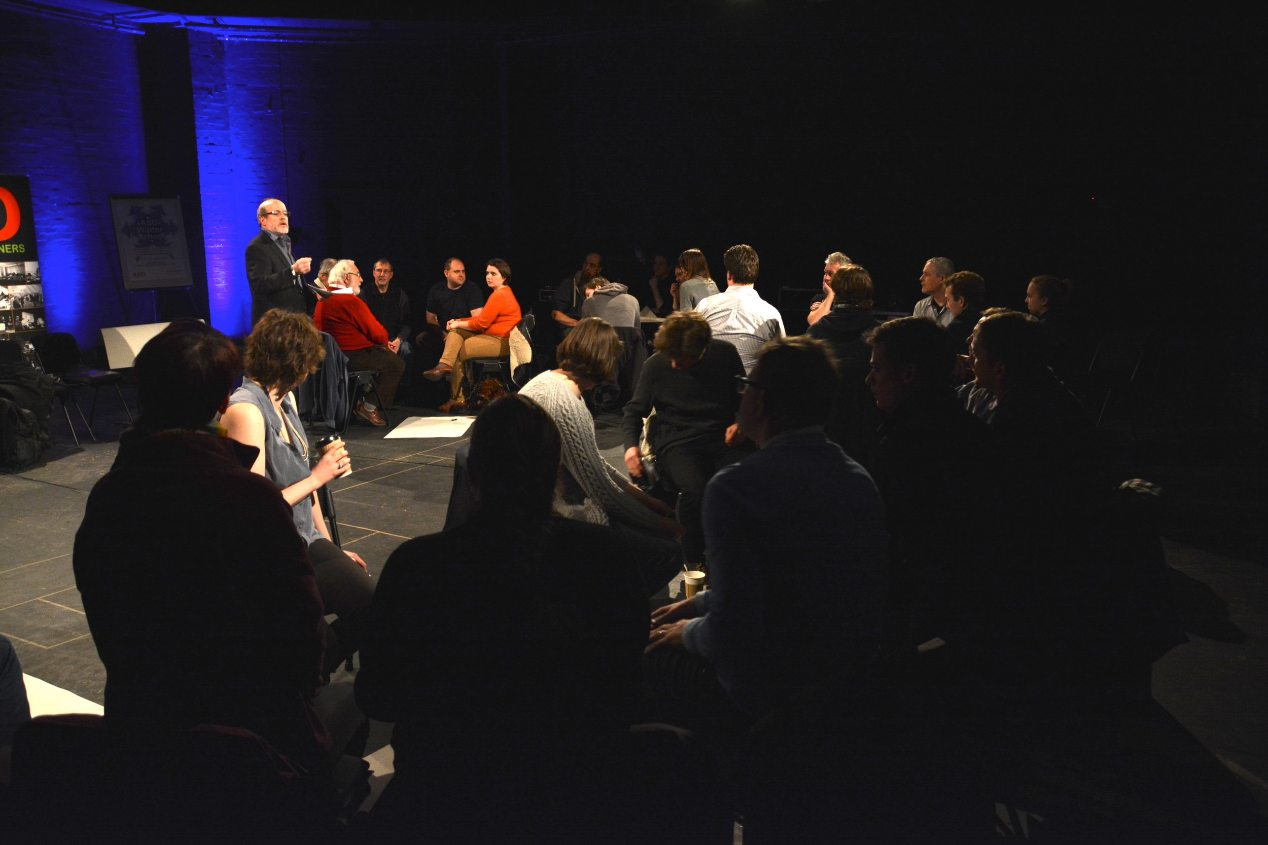 Group discussion on education of theatre sound
