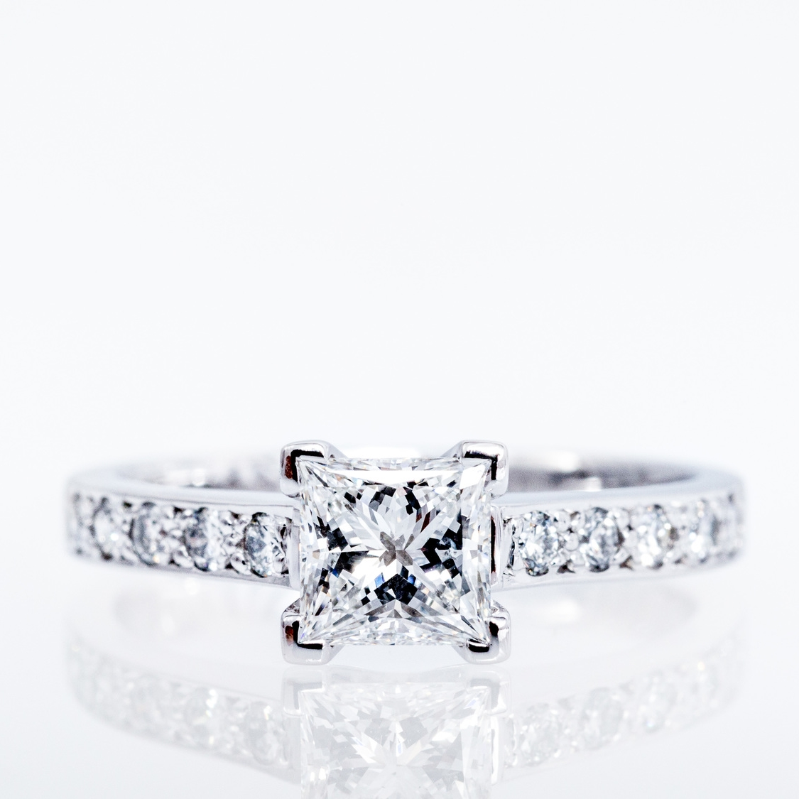 Diamond engagement ring, Canberra Jeweller