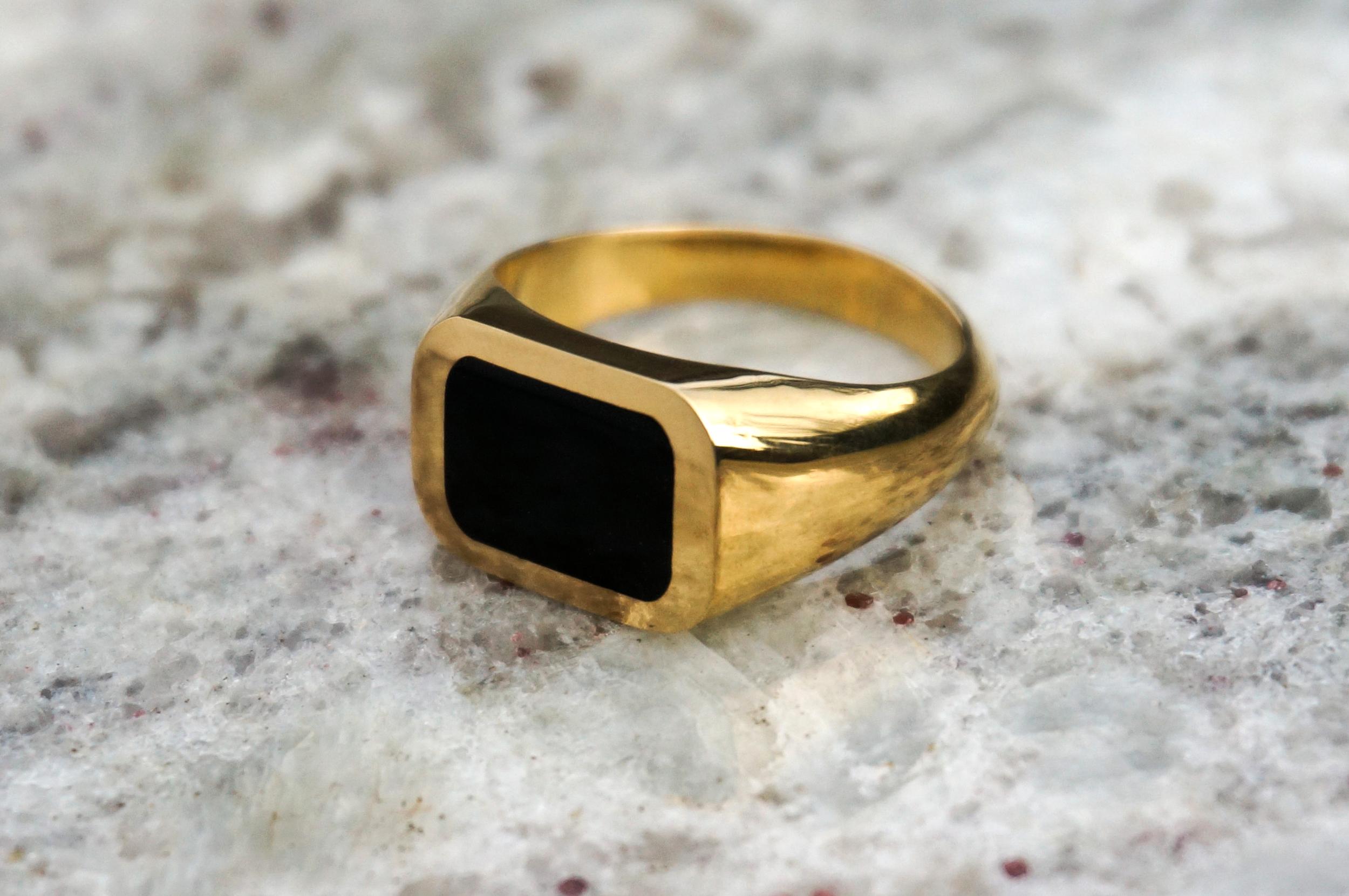 JESSE Pinkie Signet Ring:  black   onyx inlay and 18k yellow gold.