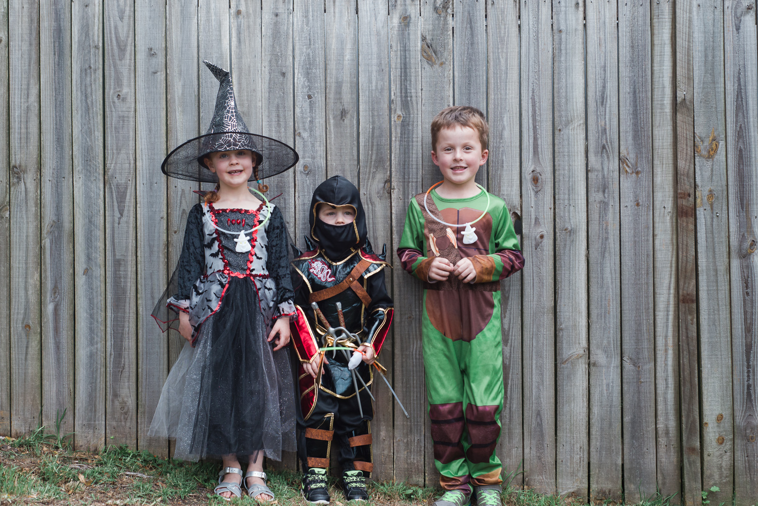 We spent Halloween at a friend's house. A BBQ dinner and then trick or treating- the perfect evening!