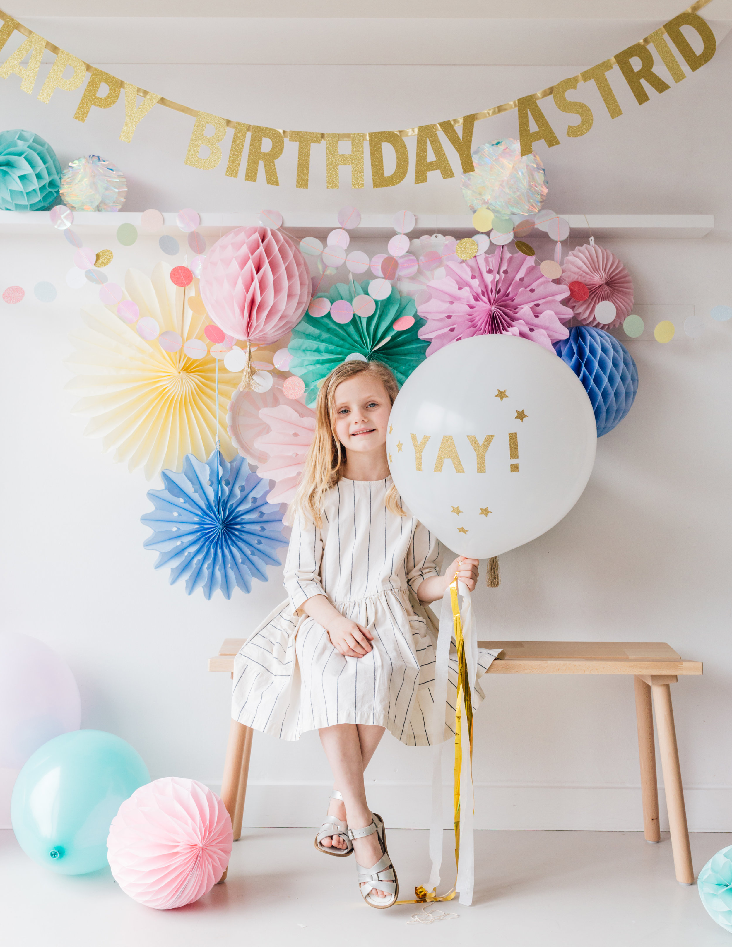 Party People  - Bespoke banner, personalised toppers and the very best edit of party decorations and tableware