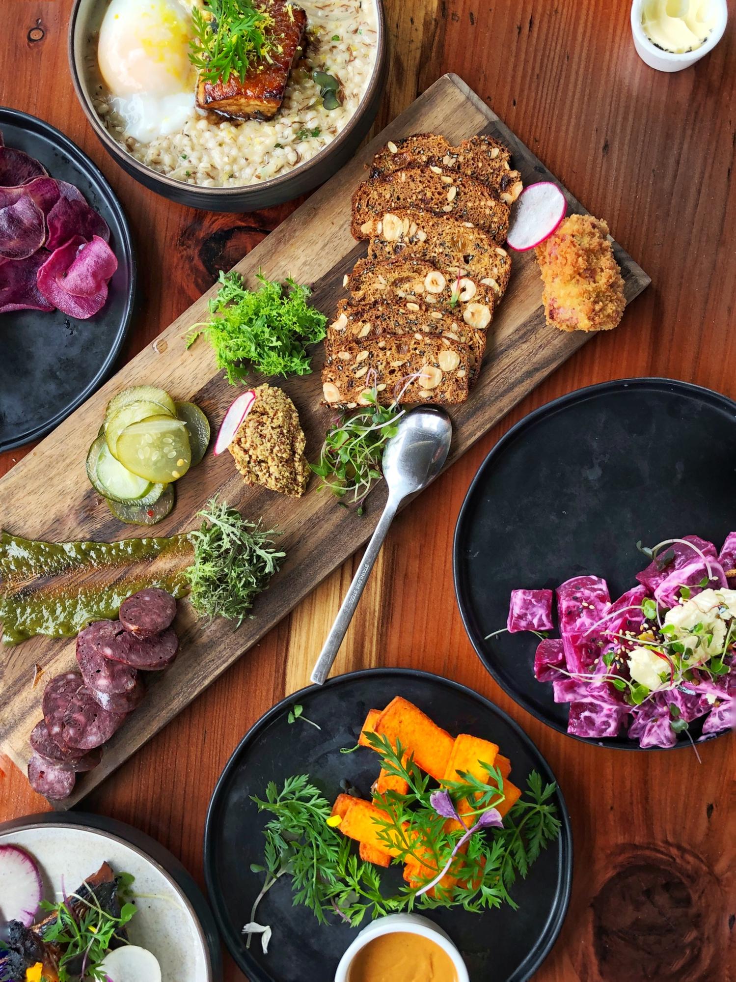 Maui-based-farm-to-table-appetizers-1031796214_2077x2770.jpeg