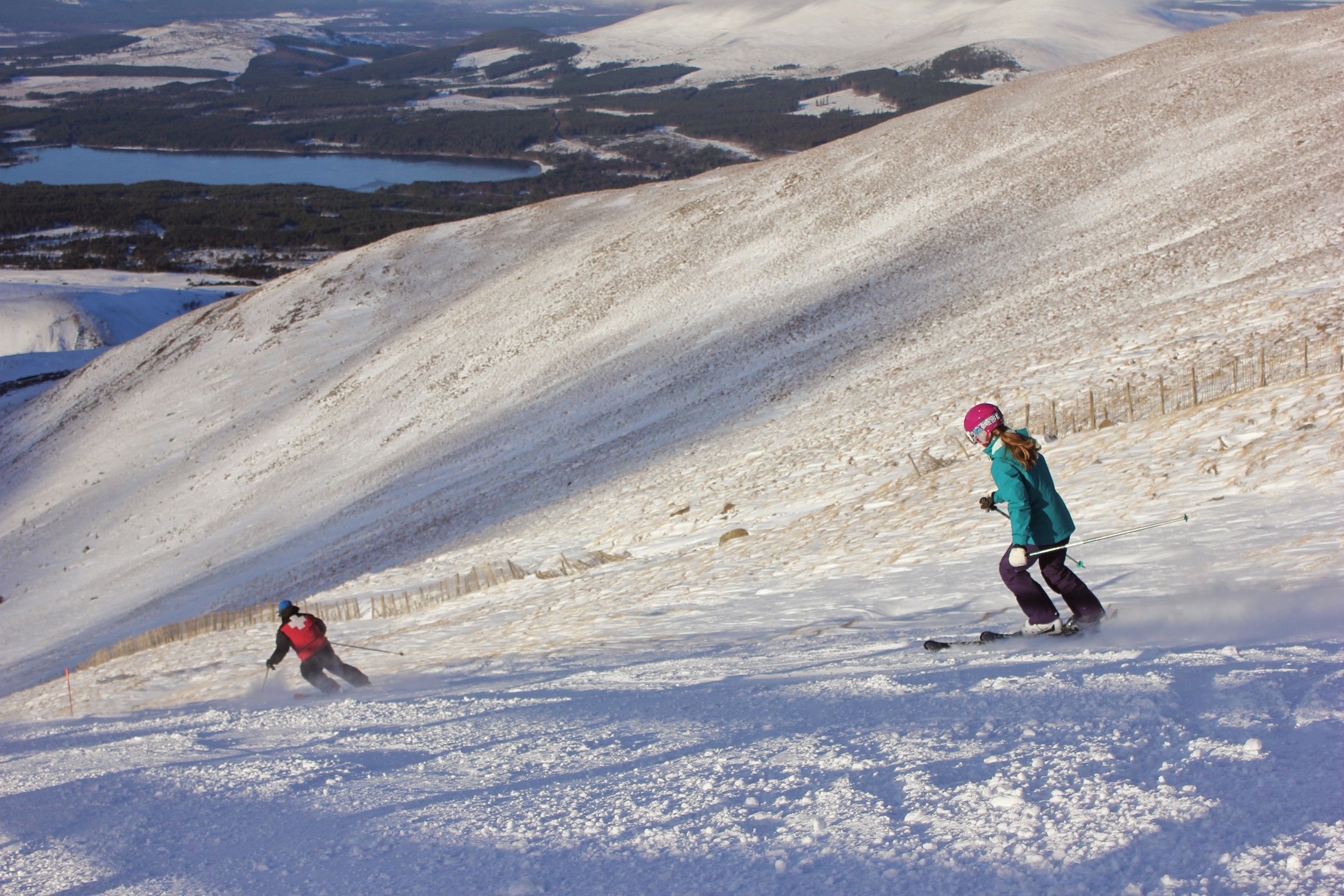 Skiing the White Lady run on Cairngorm Mountain