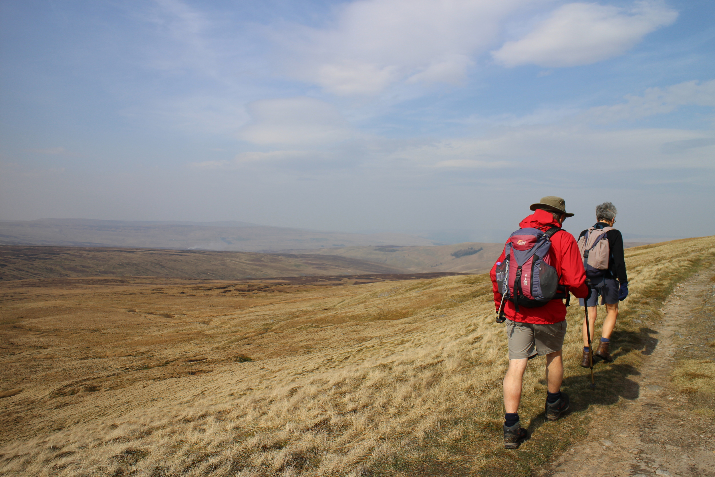 Walking from Cross Fell to Garrigill
