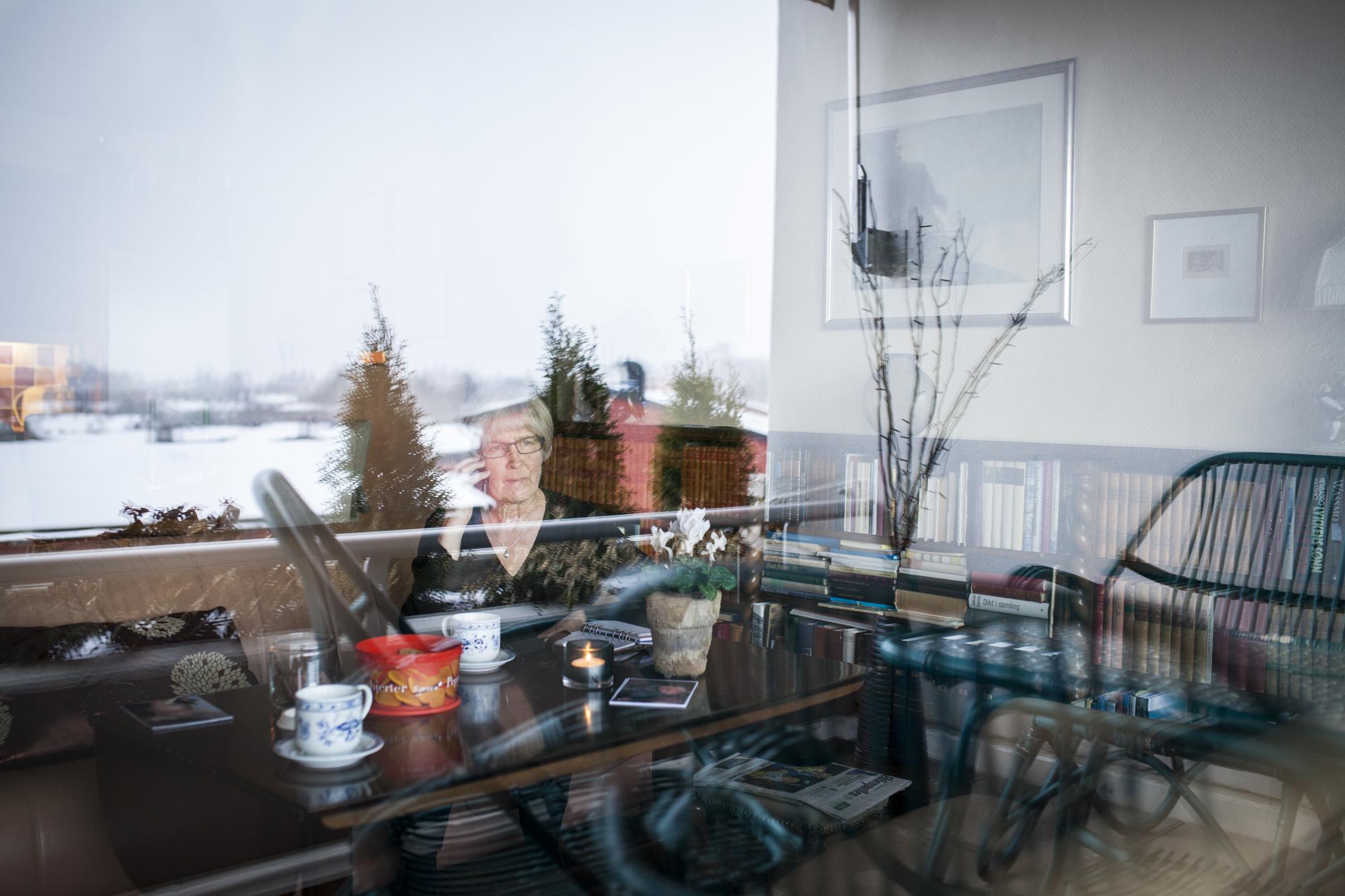 I leiligheten på Nordstrand har Ellen, Thors kone, utsikt over Nordseterhjemmet. Thor bor bare et steinkast unna.