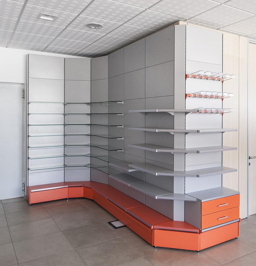 PharmaCAEM-Corners-1.jpg