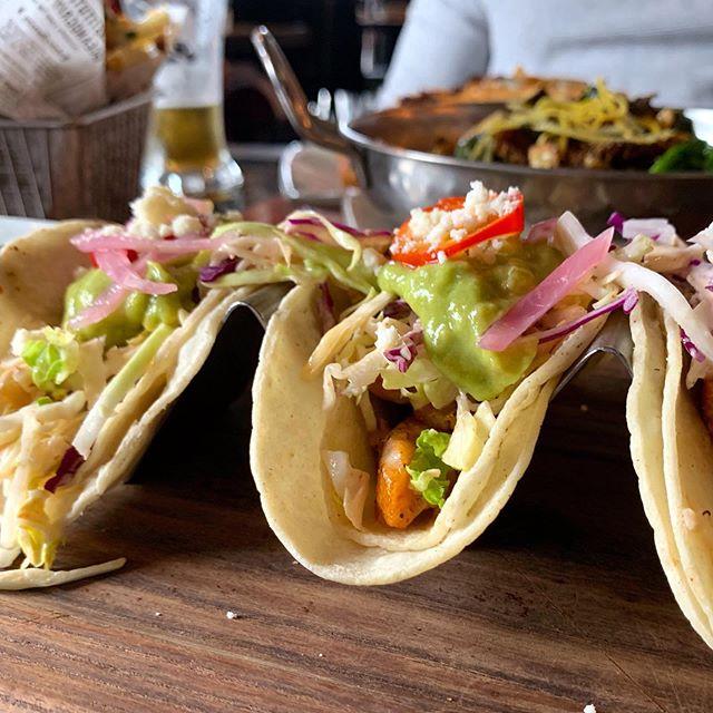 Date night tacos 🌮♥️ . . . . . . #tacos #food #california #fishtacos #explore #yum