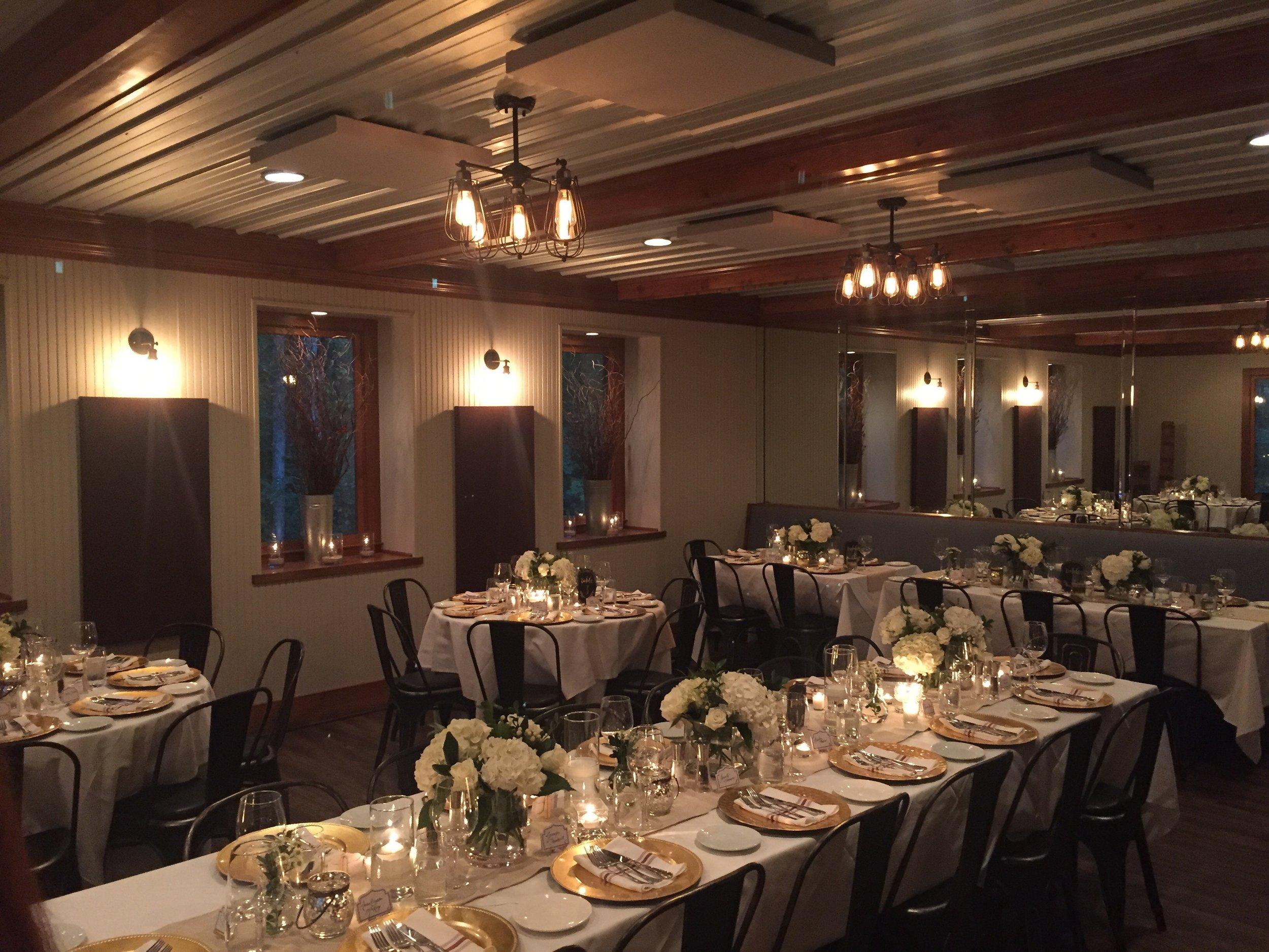 home-resturant-banquet-room.JPG
