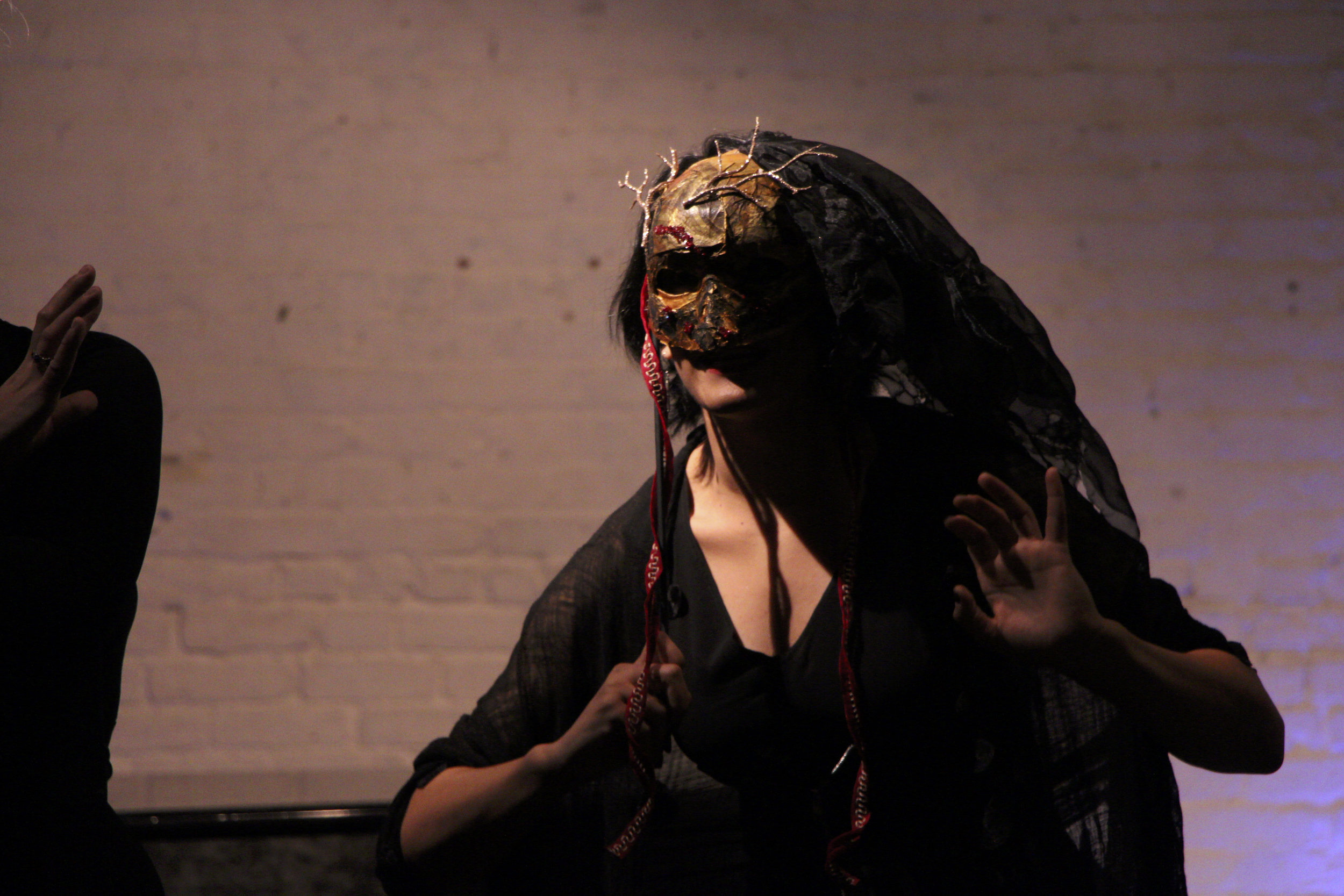 Aumna Iqbal in Magic and Mayhem, mask by Claire Townsend. Photo credit: Orlando Mendiola