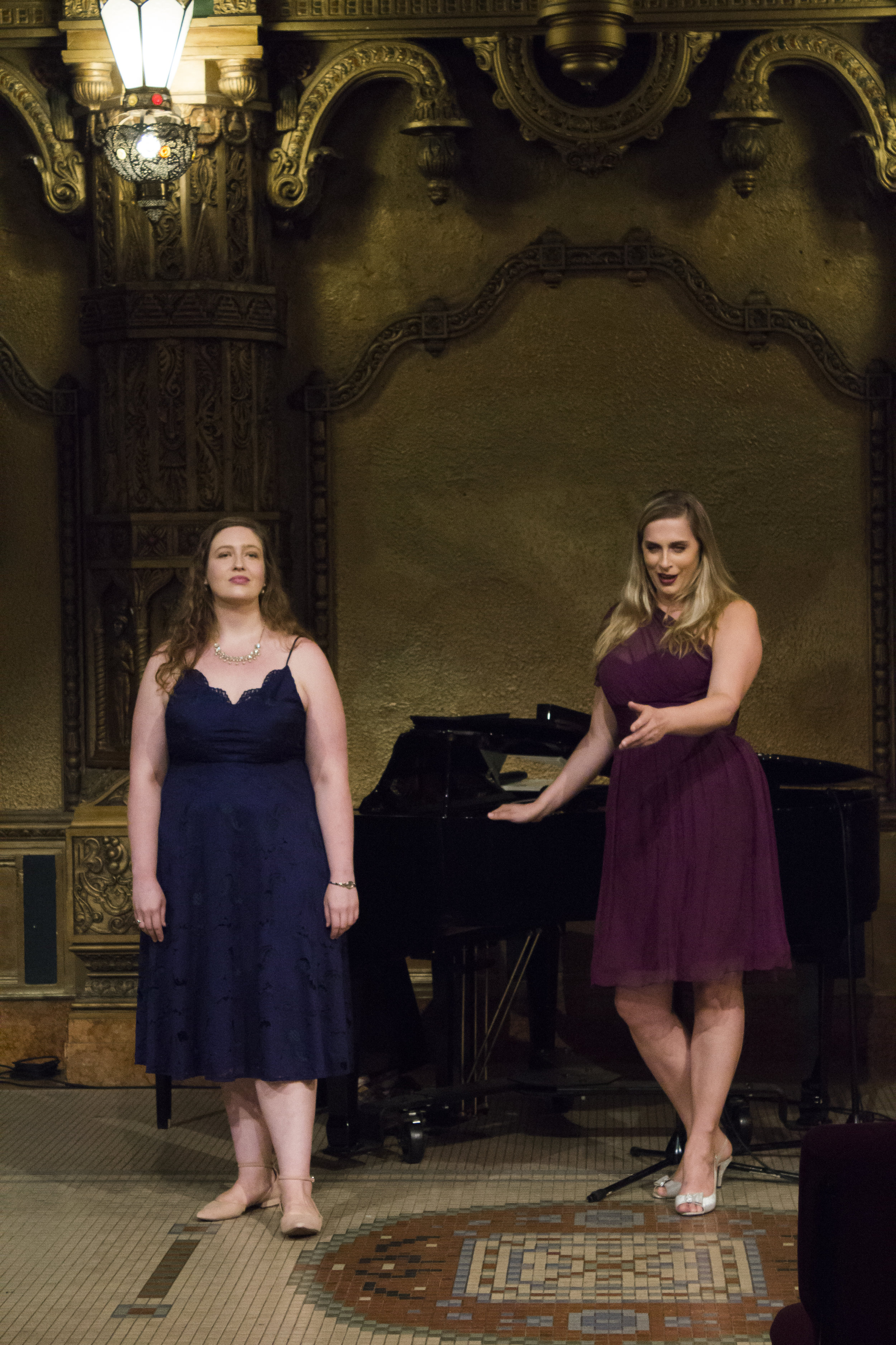 Mary Kathryn and mezzo Tara Gruszkiewicz in Far and Near with Cantanti Project, 2018.