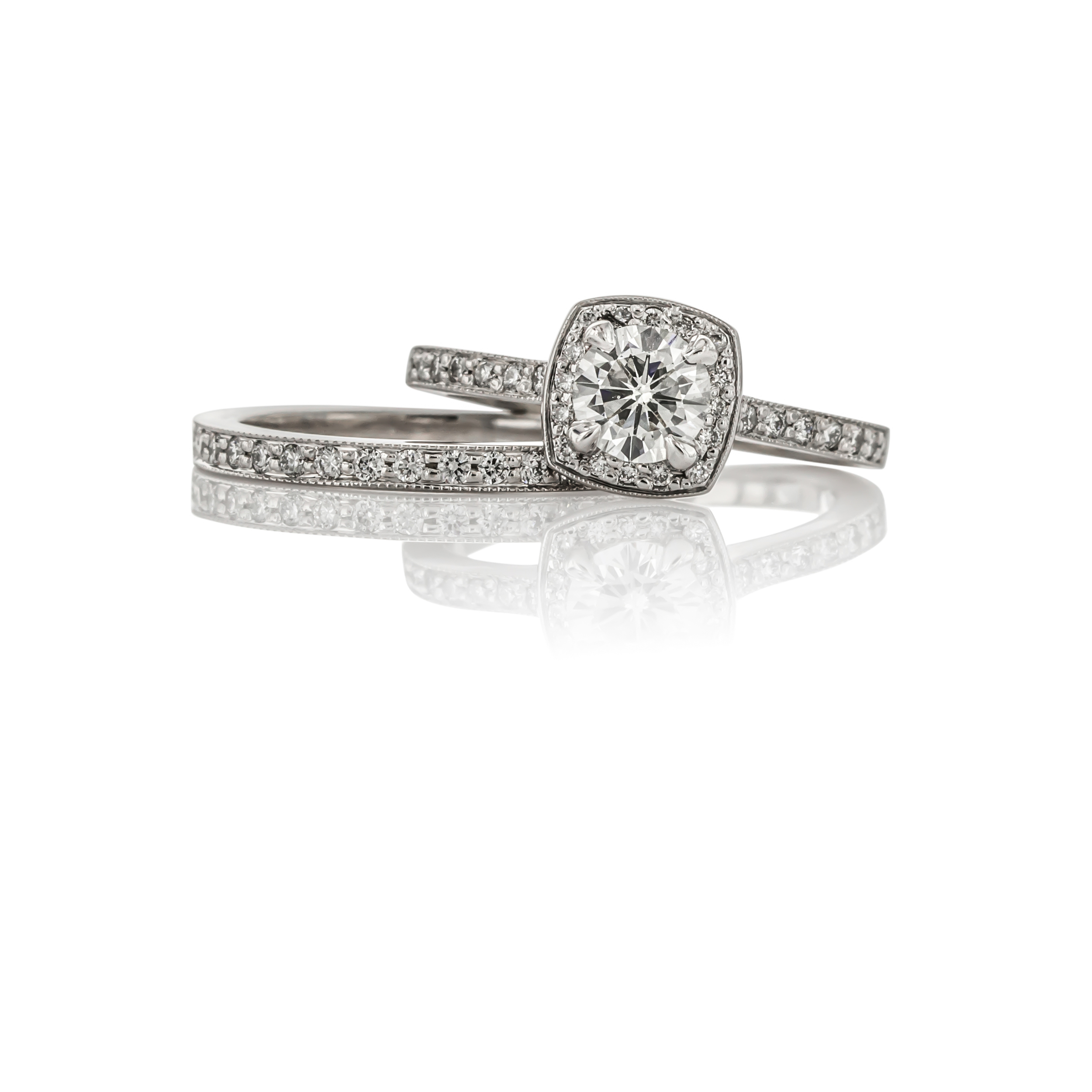 CUSTOM DIAMOND CUSHION SHAPED HALO ENGAGEMENT RING