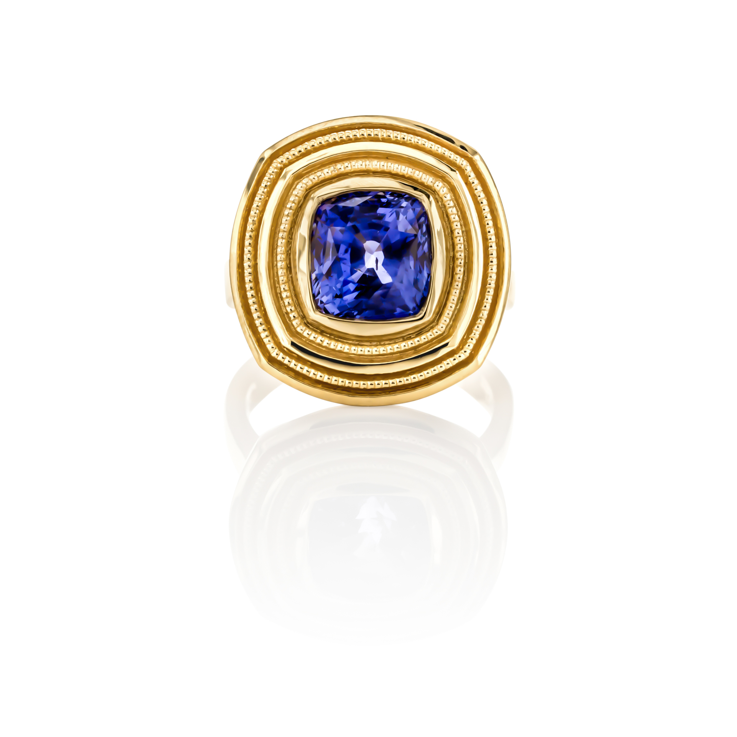 CUSTOM SAPPHIRE RING SET IN 22K YELLOW GOLD