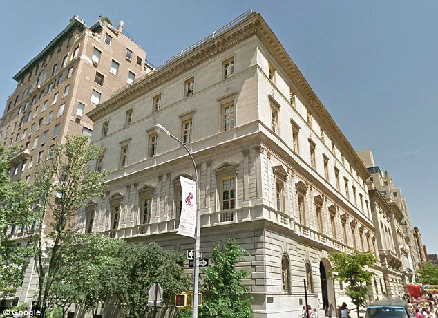 Manhattan's Convent of the Sacred Heart School for girls