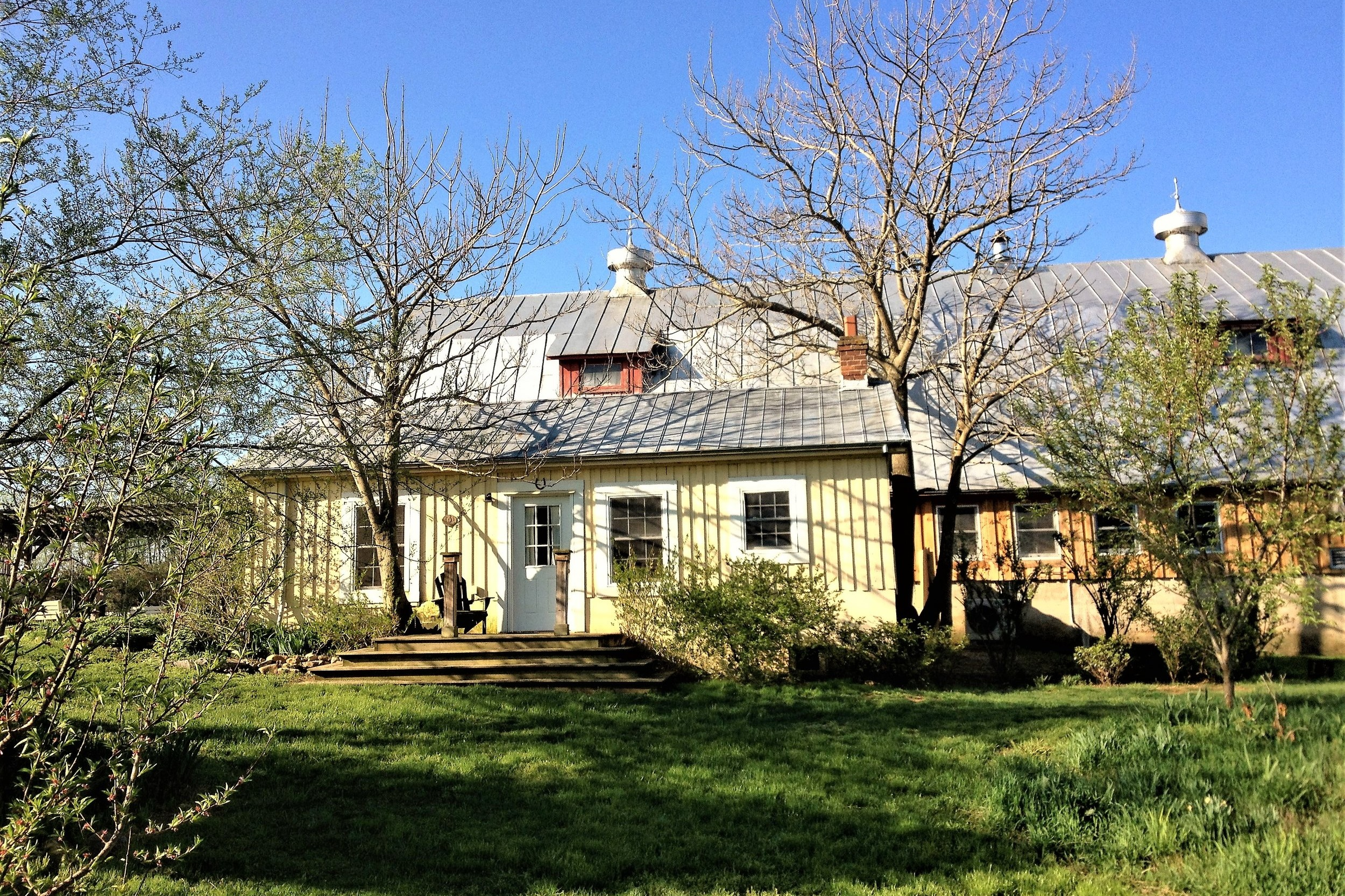 unearthing-writing-retreat-creamery-cottage-exterior.jpg